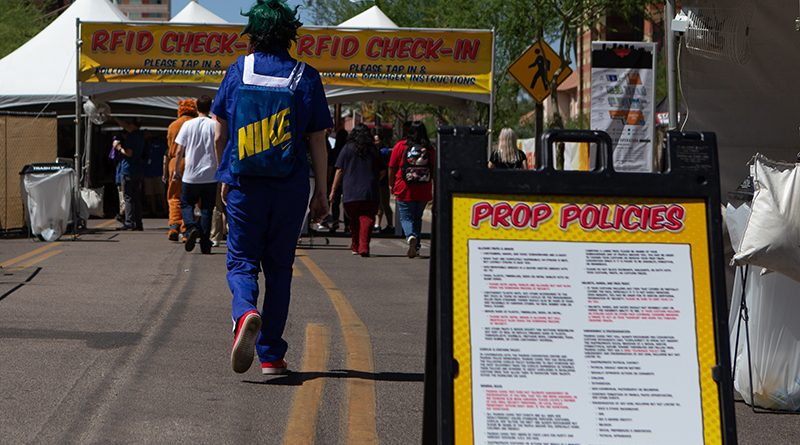 Restrictions on prop weapons put in place at Phoenix Comic Fest