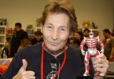 'Power Rangers' Fans Are Raising Money To Help Lord Zedd Actor Robert Axelrod After Surgical Complications